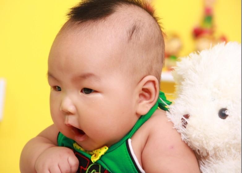 岁半男宝宝发型,女宝宝发型